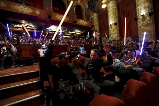 Star Wars: The Force Awakens a récolté 57 millions... (PHOTO MARIO ANZUONI, REUTERS)