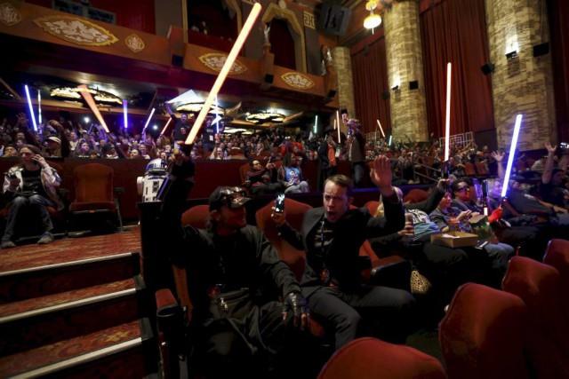 Star Wars: The Force Awakensa récolté 57 millions... (PHOTO MARIO ANZUONI, REUTERS)
