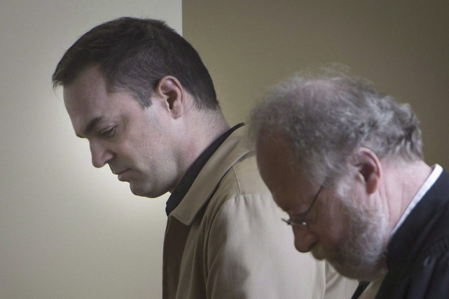 Guy Turcotte (à gauche), le 9 décembre.... (PHOTO ARCHIVES LA PRESSE CANADIENNE)