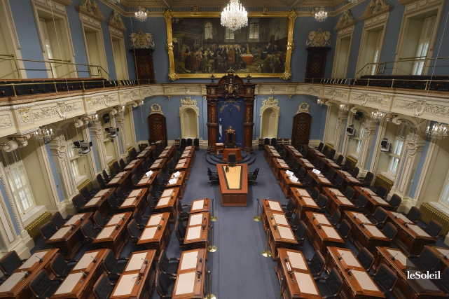 Le salon bleu de l'Assemblée nationale du Québec.... (PHOTO YAN DOUBLET, ARCHIVES LE SOLEIL)