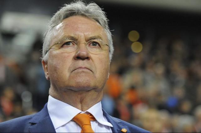 Guus Hiddink adéjà assuré un intérim de quelques... (PHOTO JOHN THYS, ARCHIVES AFP)