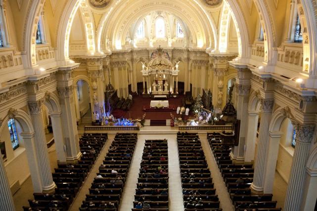 La messe de Noël est toujours un temps... (Archives Le Progrès-Dimanche, Mariane L. St-Gelais)