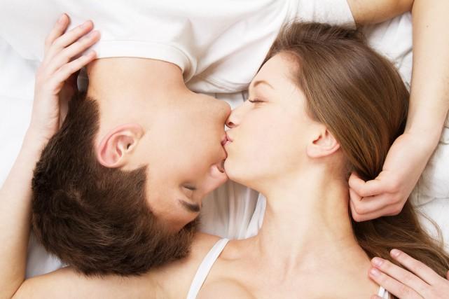 SEXOLOGIE / Parce qu'il y a le baveux, le romantique, le petit sec, le... (Photo 123RF)
