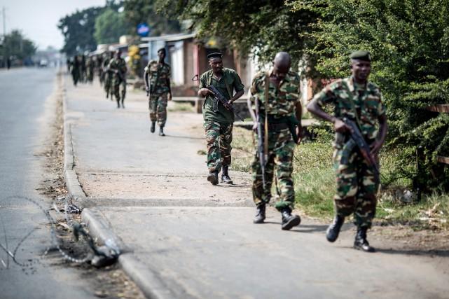Le Burundi est dans le chaos depuis le... (PHOTO ARCHIVES AFP)