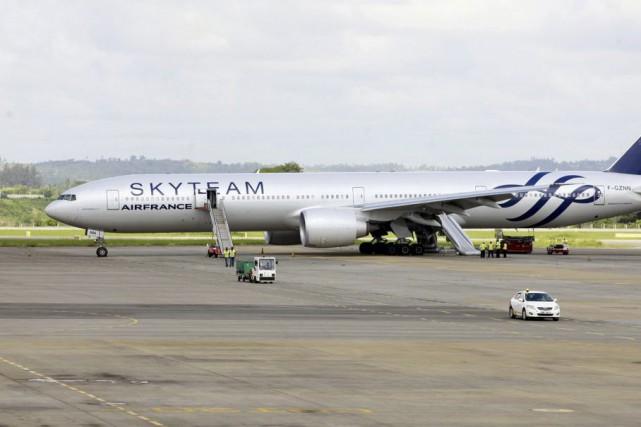 Le vol AF463, avec 459personnes à bord et... (PHOTO JOSEPH OKANGA, REUTERS)
