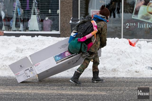L'arrivée de la saison froide est toujours repoussée à Montréal mais les... (PHOTO ROBERT SKINNER, ARCHIVES LA PRESSE)