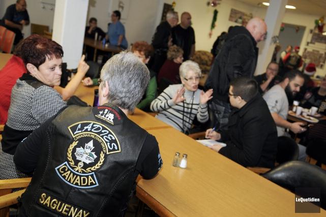 L'activité avait été organisée par les membres de... (Photo Le Quotidien, Mariane L. St-Gelais)