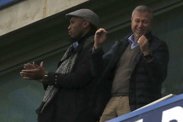 Didier Drogba a assisté au match en compagnie... (Agence France-Presse)