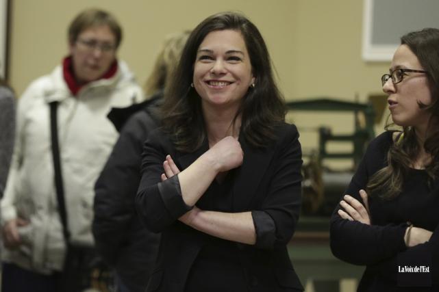 La nouvelle conseillère municipale, Julie Bourdon, a assuré... (Catherine Trudeau, La Voix de l'Est)
