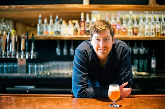 Matt Canning, concierge de la bière à l'hôtel... (PHOTO FOURNIE PAR L'HÔTEL)