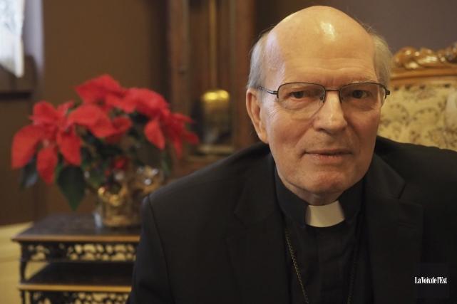 François Lapierre, p.m.é., évêque de Saint-Hyacinthe.... (Alain Dion, La Voix de l'Est)