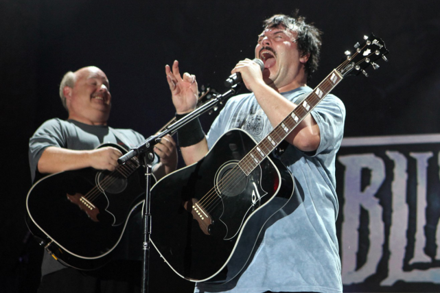 Kyle Gass et Jack Black, du groupe Tenacious... (Photo Casey Rodgers, archives AP)