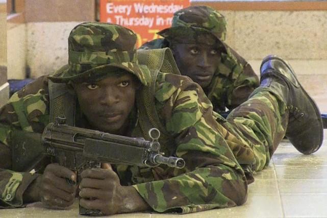 Au Kenya, le groupe somalien Al-Shabaab a mené... (Archives, Agence France-Presse)