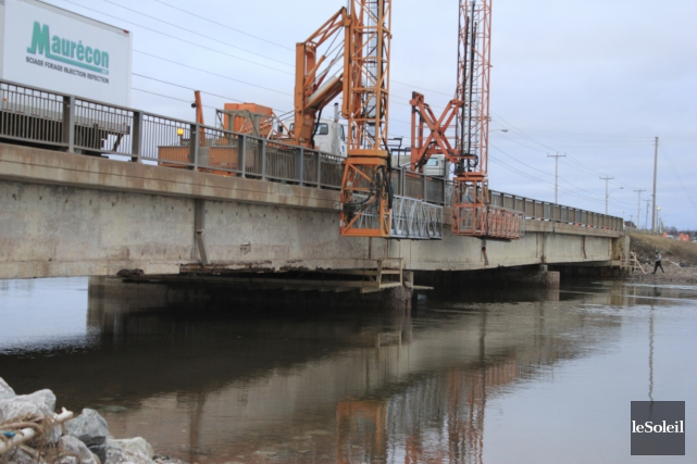 Le pont de la route 132 à Hope... (Photothèque Le Soleil)