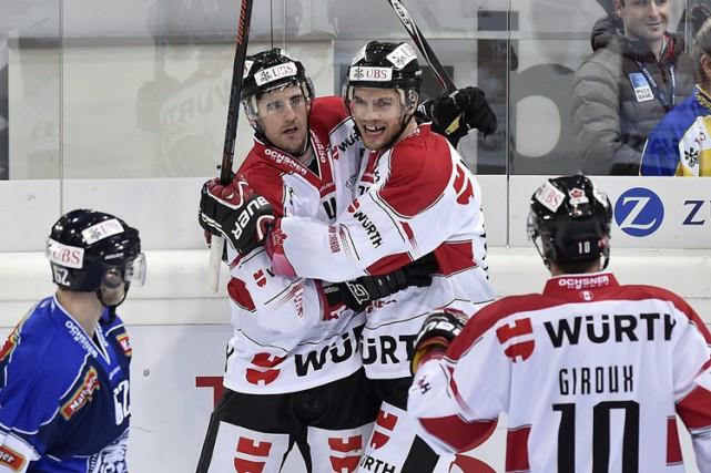 Le Canada n'a pas gagné la Coupe Spengler... (ARCHIVES AP)