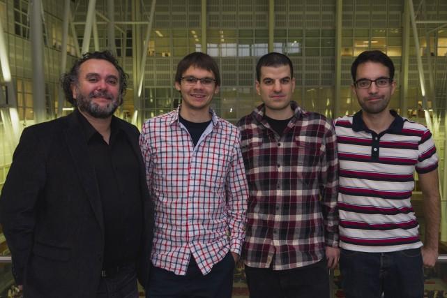 Frédéric-Georges Fontaine (à gauche) a été secondé par... (Fournie par l'Université Laval)