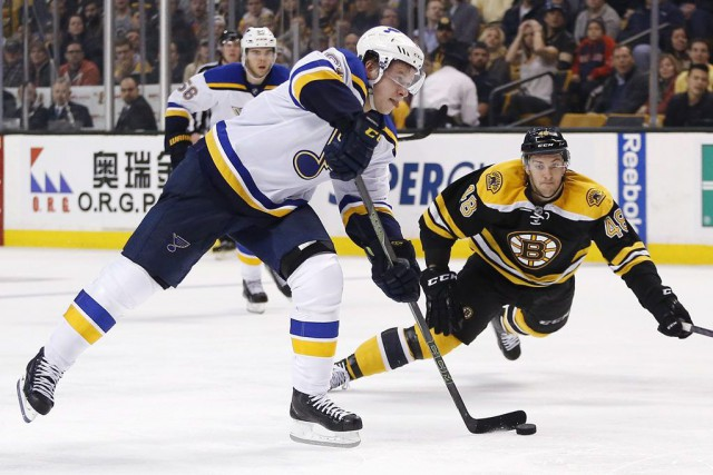 Vladimir Tarasenko a enfilé son 22e but de la saison pour aider les Blues de... (PHOTO AP)