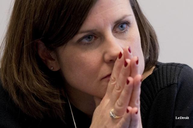 CHRONIQUE /J'aurais aimé sentir la ministre régionale Stéphanie Vallée animée... (Martin Roy, LeDroit)