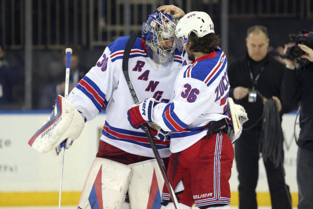 Mats Zuccarello a marqué à 2:37 en prolongation et les Rangers de New York ont... (PHOTO REUTERS)