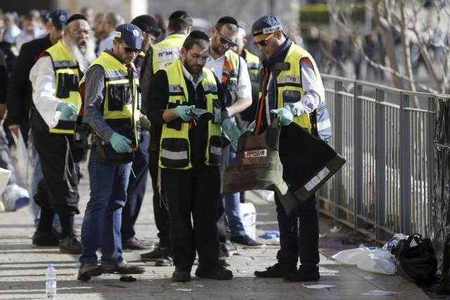 L'attaque s'est déroulée près de la porte de... (PHOTO AHMAD GHARABLI, AFP)