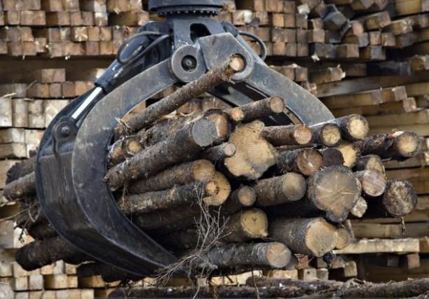 Le secteur de l'extraction minière, l'exploitation en carrière... (Archives La Presse Canadienne)