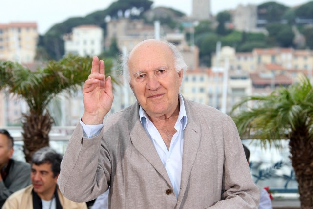 Michel Piccoli, au Festival de Cannes pour la... (PHOTO VALERY HACHE, ARCHIVES AGENCE FRANCE-PRESSE)