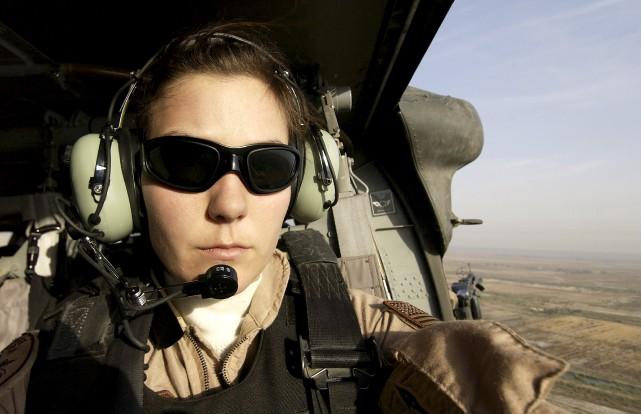 Dorénavant, toutes les positions de combat militaire sont... (Stacy L. Pearsall via The New York Times)