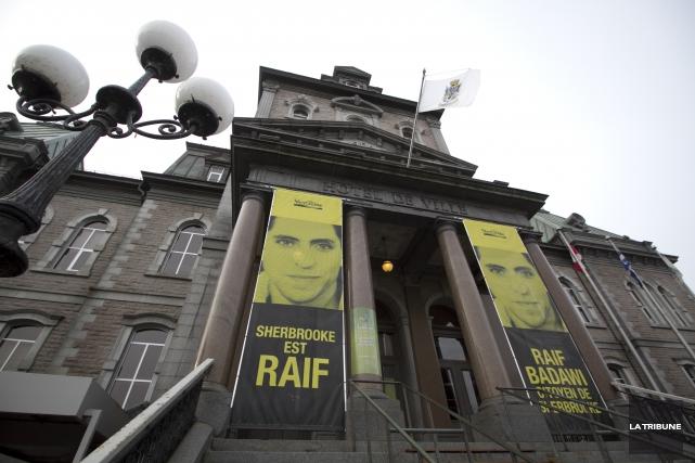 Raif Badawi aurait obtenu la clémence souhaitée que... (Archives, La Tribune)