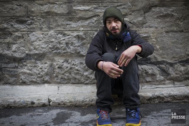 Steeve Denault vit dans la rue depuis 10... (PHOTO OLIVIER JEAN, LA PRESSE)