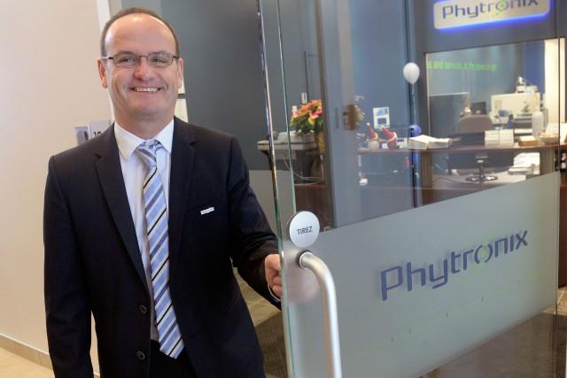 Jean Lacoursière est président de l'entreprise Phytronix, fondée... (Photo Jean-Marie Villeneuve, Le Soleil)