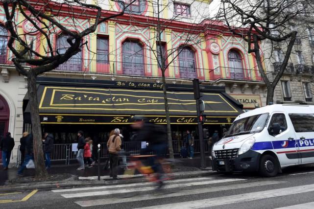 Plusieurs suspects sont toujours activement recherchés à Paris,... (AFP, Miguel Medina)