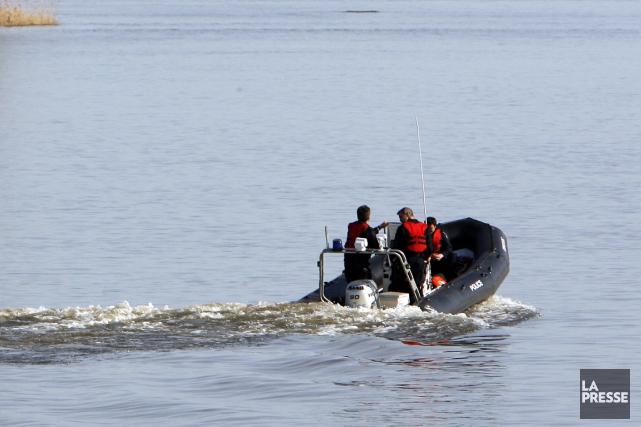 Les recherches reprendront samedi sur la rivière aux Saumons, à Saint-Anicet,... (Photo archives La Presse)