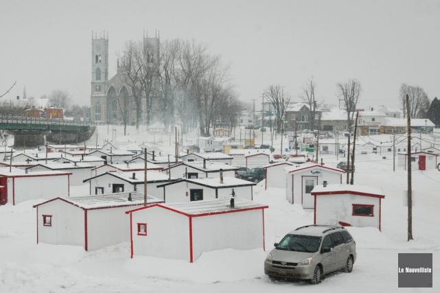 Le temps doux de décembre a empêché la... (PHOTO FRANÇOIS GERVAIS, ARCHIVES LE NOUVELLISTE)