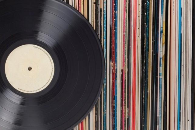 Cinq journalistes vous présentent leurs sorties musicales favorites de 2015.