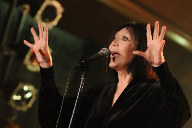 Juliette Gréco lors d'un spectacle à Tadoussac.... (Archives Le Progrès-Dimanche)