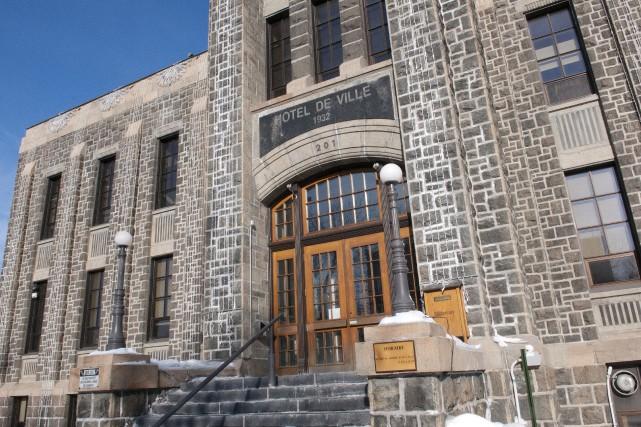 L'hôtel de ville de Saguenay... (Archives Le Progrès-Dimanche)