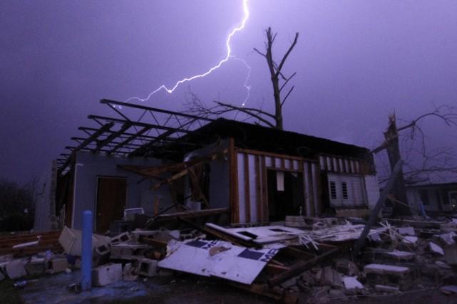 L'Alabama a été durement touché par les caprices... (AP, Butch Dill)