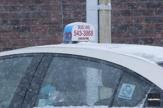 Un chauffeur de Taxis-Unis a été suspendu après... (Photo Le Quotidien, Michel Tremblay)