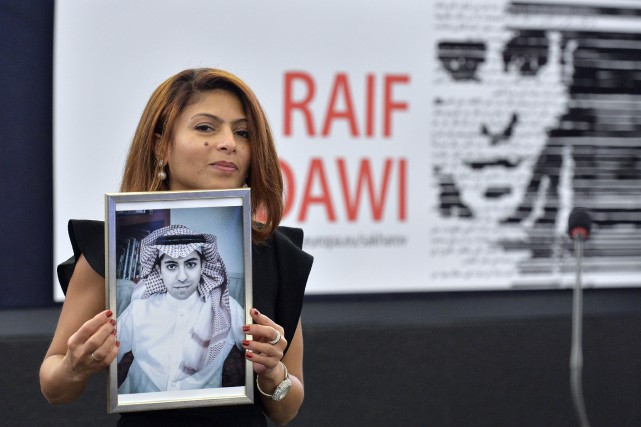 Ensaf Haidar a reçu le prestigieux prix Sakharov... (photoPATRICK HERTZOG, agence france-presse)
