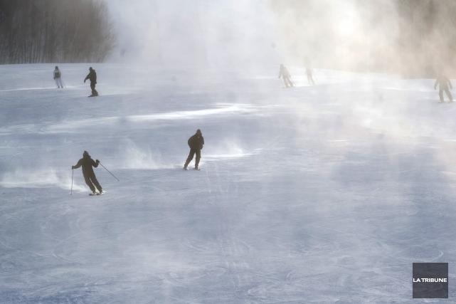 La neige attendue mardi pourrait faire le bonheur... (Archives La Tribune)