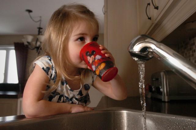 L'état de santé buccodentaire des enfants s'améliore et... (François Gervais)