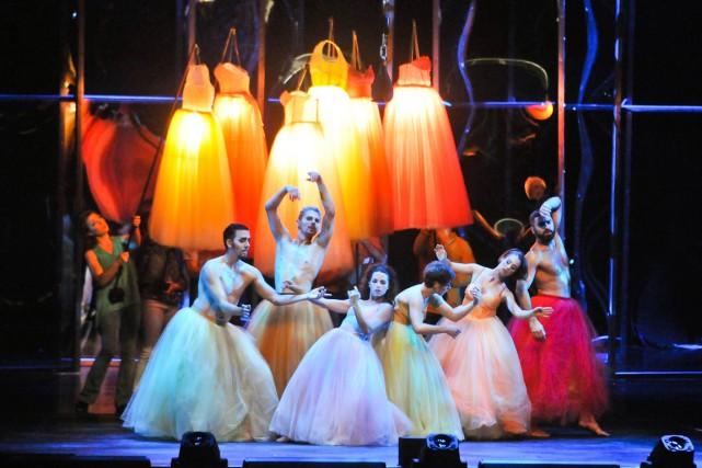 Le spectacle Le monde est fou du Cirque... (Émilie O'Connor)