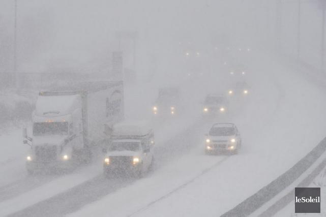 L'autoroute de la Capitale à Québec, mardi matin.... (Photo Erick Labbé, Le Soleil)