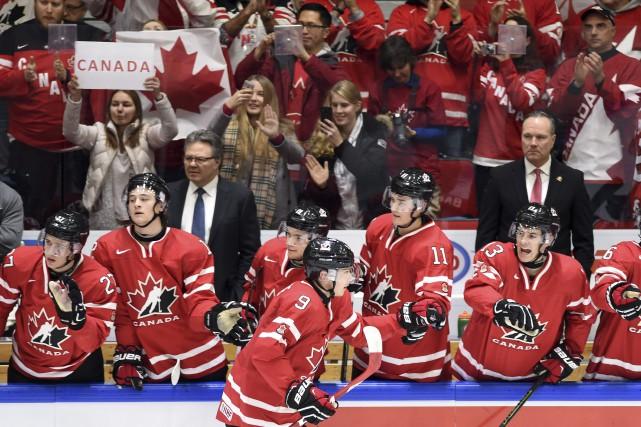 Dylan Strome a redonné vie au Canada en... (La Presse Canadienne, Sean Kilpatrick)