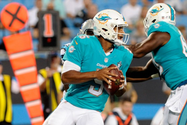 Josh Freeman n'a pas joué dans la NFL depuis... (Photo Sam Sharpe, USA TODAY Sports)