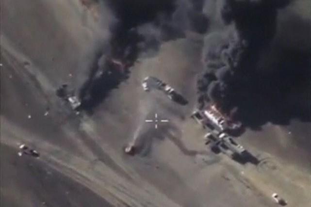 La Russie affirme viser les «terroristes» et prendre... (Photo Reuters)
