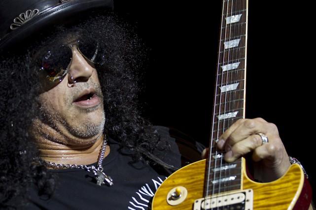 Les célèbres rockeurs de Los Angeles ont continué... (Photo archives AFP)