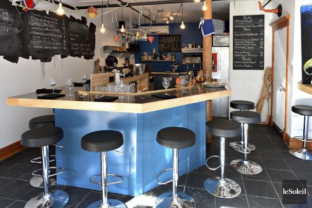 Le restaurant Kraken Cru est situésur la rue... (Photothèque Le Soleil, Patrice Laroche)