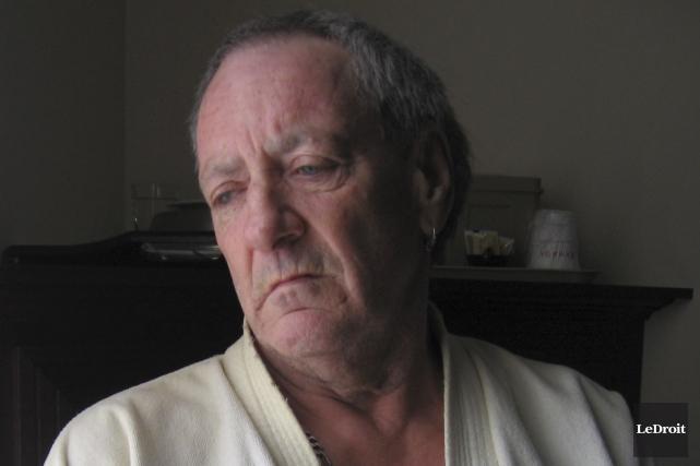 Jean-Claude Saumure a tout perdu dans l'incendie qui... (Denis Gratton, LeDroit)