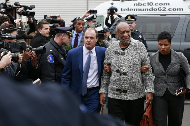 Bill Cosby n'a pas fait de commentaire mercredi... (Associated Press)